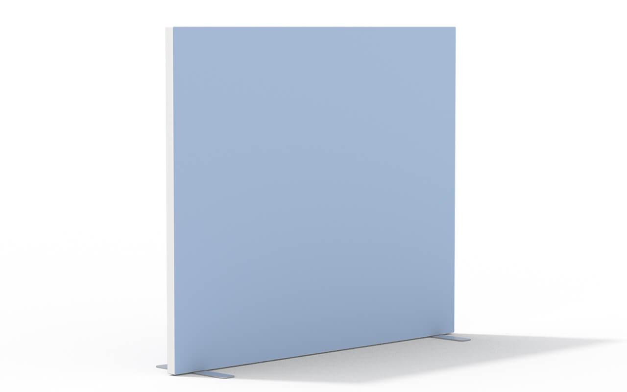 Trennwand Basic Flachfuß in weiß auf weißem Hintergrund